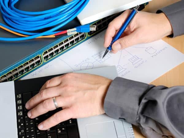 Coordinamento-elettrico-postazioni-di-lavoro-uffici-Milano