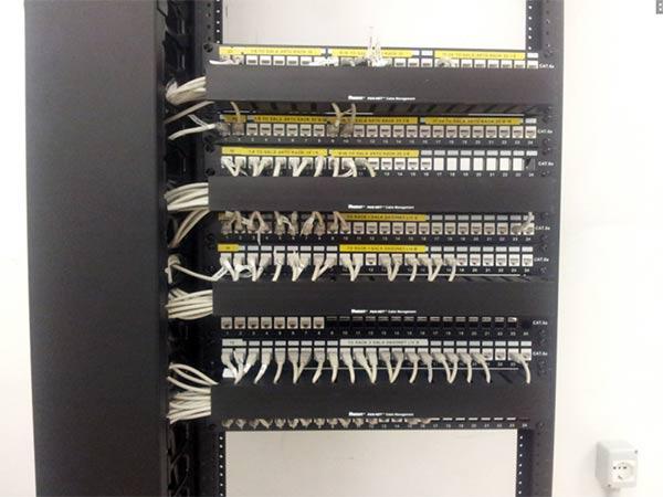 Realizzazione-reti-fibra-ottica-controllo-accessi-TVCC-Milano